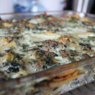 Cheesy Spinach Macaroni Casserole