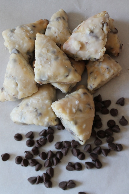Mini Chocolate Chip Scones2