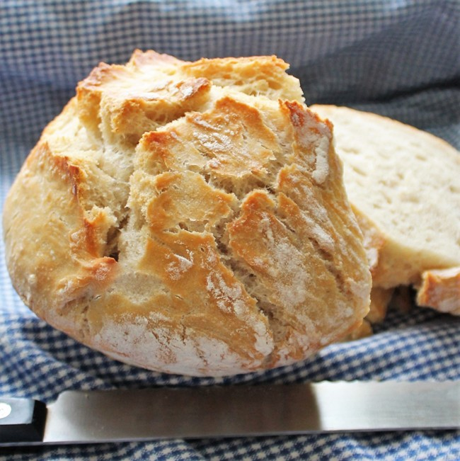 Baked Egg Topping In Bread Bowl: Crusty Bread (No-Knead And Baked In A Bowl!)